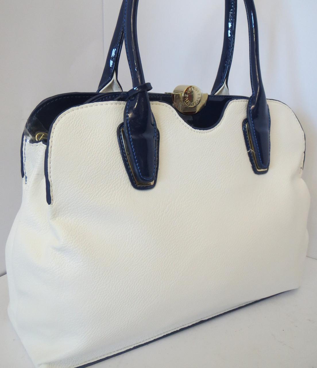Дизайн отдела сумок