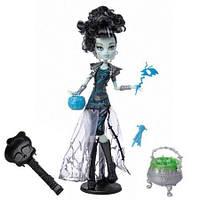Кукла Монстер Хай Френки Штейн Маскарад Monster High Frankie Stein Ghouls Rule