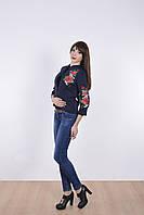 """Элегантный женский пиджак """" Роза"""" спереди и рукава украшены вышивкой"""