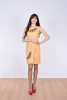 Модное молодежное платье в украинском стиле с вышитыми алыми маками