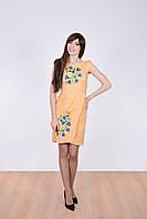 Молодежное платье вышиванка из льна декорировано цветочным принтом гладью