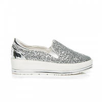 Женские туфли слипоны блестящие серебро
