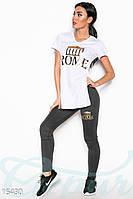 Стильный  женский костюм из удлиненной футболки с разрезами по бокам и леггинсов с модным принтом дайвинг
