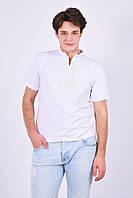 Качественная мужская футболка в белом цвете с вышивкой на каждый день
