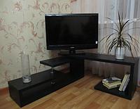 Тумба под телевизор угловая