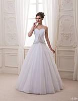 Свадебное платье со стразами, камнями и бусинами
