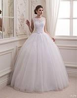 Невесомое бальное свадебное платье