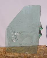 Подъемное стекло правой боковой двери на Nissan Vanette Cargo C23 1991-2001 год