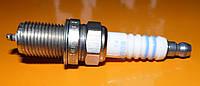 Свеча зажигания Bosch 0 242 235 666