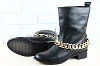 Женские полусапожки кожаные черные без каблука.