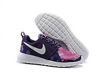 Женские кроссовки Nike Roshe run II Floral фиолетовые с цветочным принтом