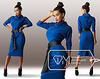 Красивое стильное синее платье ниже колен с черным кожаным поясом. Арт-3246/23