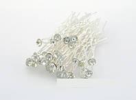 Шпильки с белым камнем
