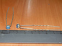Шпильки с голубым камнем