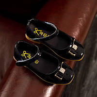 Детские черные лаковые туфли на девочку