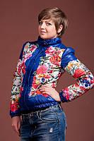 Женская красивая курточка с цветочным принтом на весну-осень