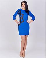 Женское платье длиной выше колен