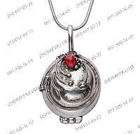 """Кулон Елены Гилберт """"Дневники вампира"""", античное серебро, открывается, внутри пустой, с красным камнем в центр"""
