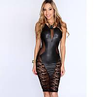 Откровенное кожаное платье с гипюром