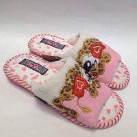 Женские розовые тапочки с открытым носком - всегда хороший подарок д