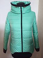 Куртка с оригинальными манжетами на рукавах