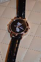Оригинальные часы с кошечкой.