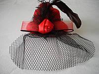 Шляпка с вуалью (красная)