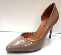 Туфли на высоком каблуке лаковые бежевые KF0213