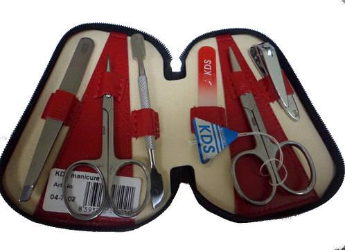 Красный маникюрный набор из 6 предметов KDS 4-7102 red