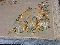 Скатерть  льняная с вышивкой в украинском стиле 220*150
