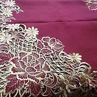 Скатерть атласная  с вышивкой. 220*150 бордо с золотом