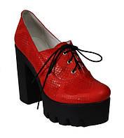 Женские закрытые туфли на высоком толстом каблуке, натуральная кожа питон