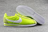 Женские кроссовки Nike Cortez, найк кортес салатовые