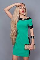 Яркое платье с модным эфектом