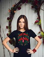 Молодежная женская футболка вышиванка с красивым орнаментом из роз