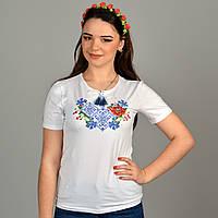 Отличая молодежная футболка вышиванка в этническом с полевыми цветами