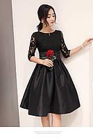 Пышное платье в красном и черном цвете