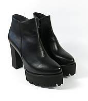 Ботильоны женские черные на каблуке