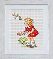 """Набор для вышивания нитками  """"Девочка в красном платье"""""""