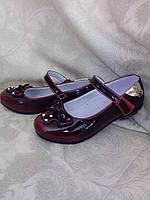 Лакированные бордовые туфли на девочку