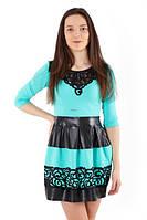 Платье с аппликацией и юбкой из экокожи