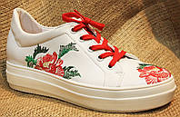 Модные Женские Кеды Кожаные Белые с Украинской Вышивкой