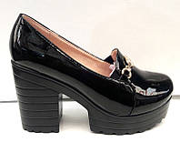 Туфли женские лаковые на толстом каблуке и высокой подошве KF0235