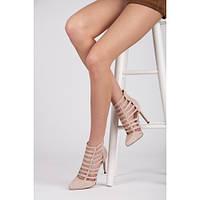 Необычные женские замшевые туфли на каблуке бежевые