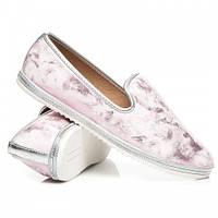 Красивые женские туфли лоферы на плоской подошве розовые