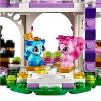Конструктор LEGO Disney Princess Замок для королевских питомцев (41142)