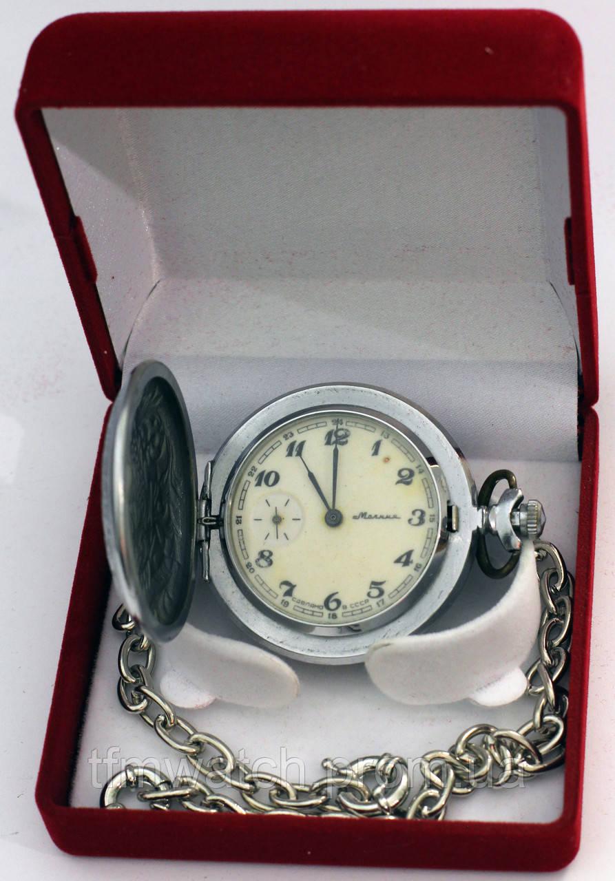 Часы в шкатулке Молния
