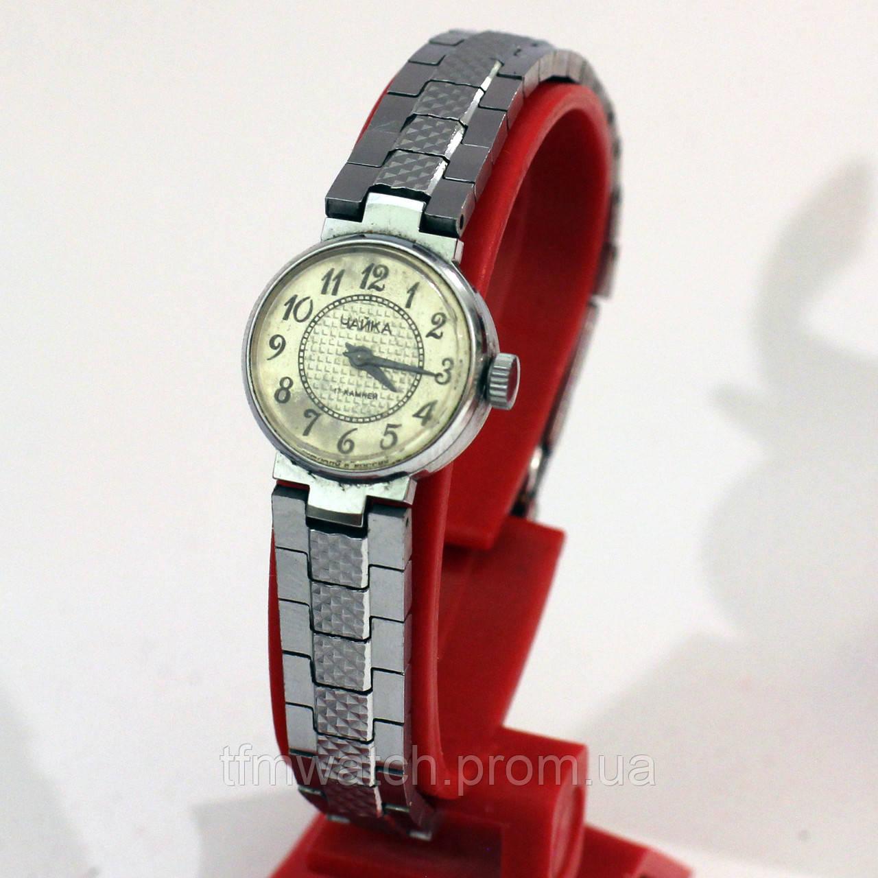 Чайка часы СССР женские