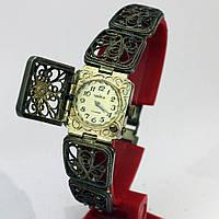 Красивые женские часы Чайка