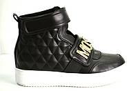 Слипоны Moschino черные на белой подошве,ботинки на белой подошве